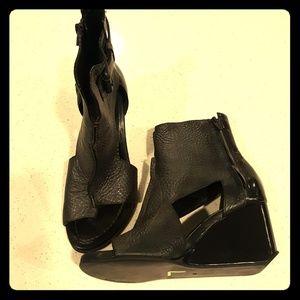 Alexander Wang cut out detail sandals 36